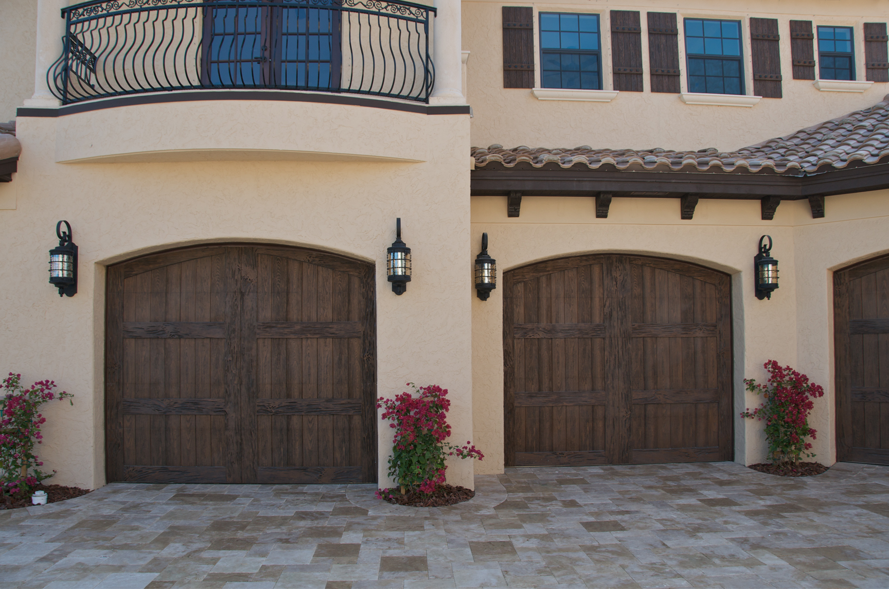 Faux wood garage door sales and installation in englewood for Best wood for garage doors